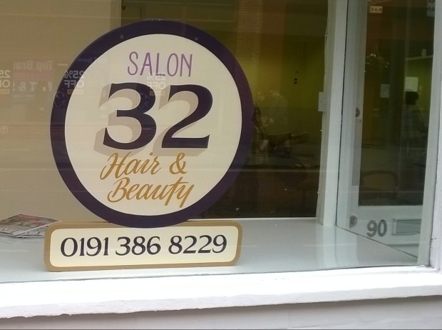 Salon 32, Durham