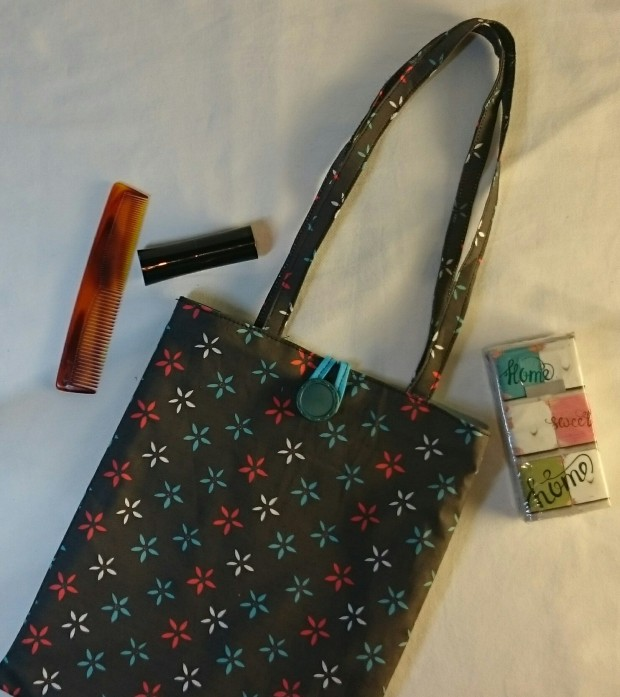 Pretty Fabric Bag, by Amanda Jane Textiles, free pattern on Instructables